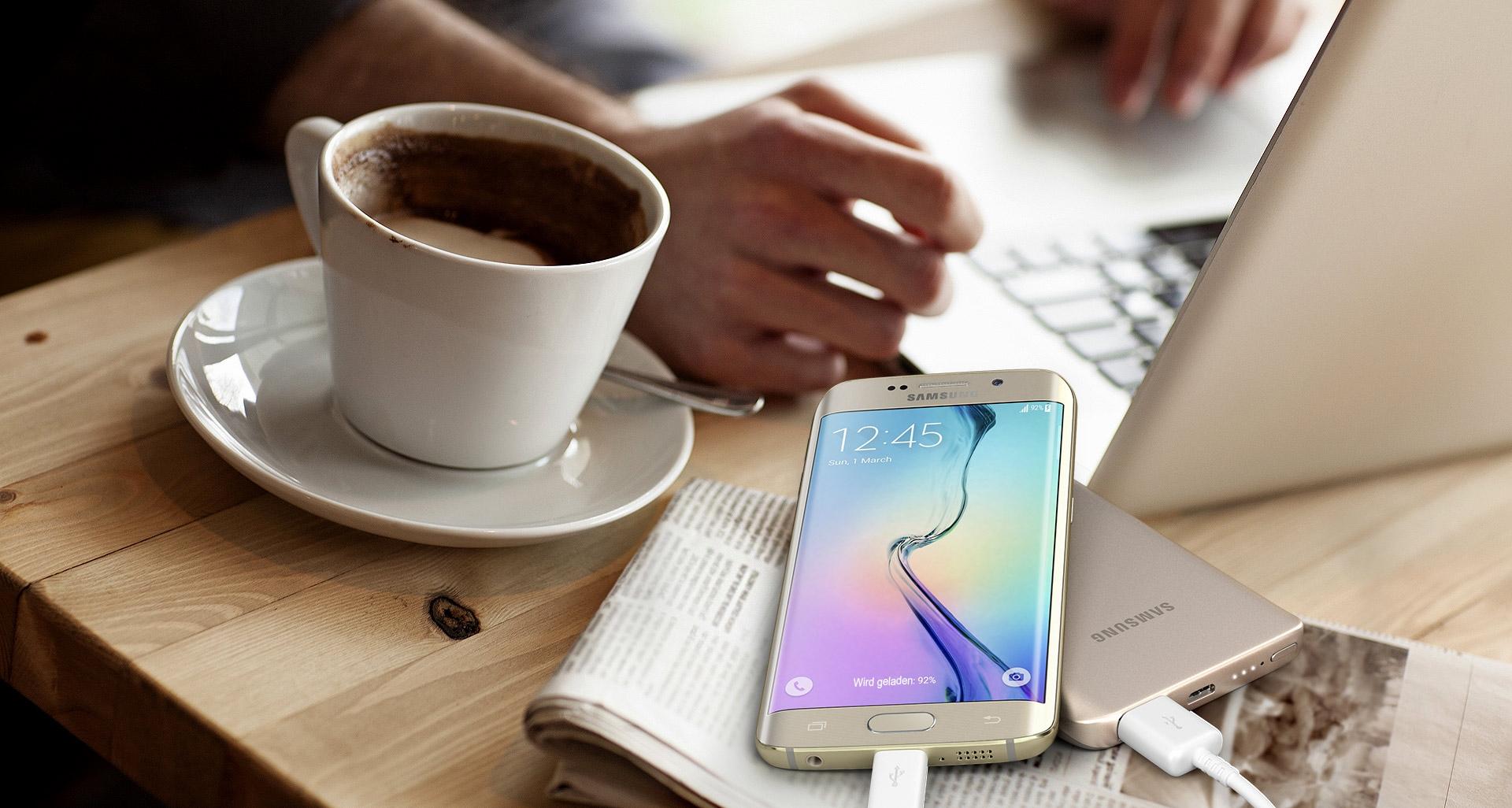 Acumulator universal extern Samsung EB-PA300U