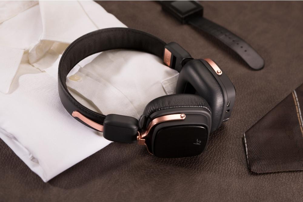 Casti bluetooth stereo KitSound Clash Evolution, On-Ear, microfon incorporat - Rose Gold