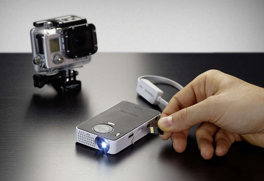 philips-picopix-proiector-portabil-50-lumeni-ppx4150-6