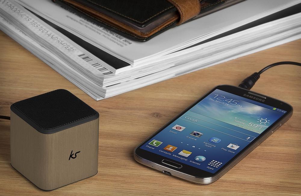 boxa-portabila-kitsound-cube-gold-3-5-mm-jack-universala-kscubegd