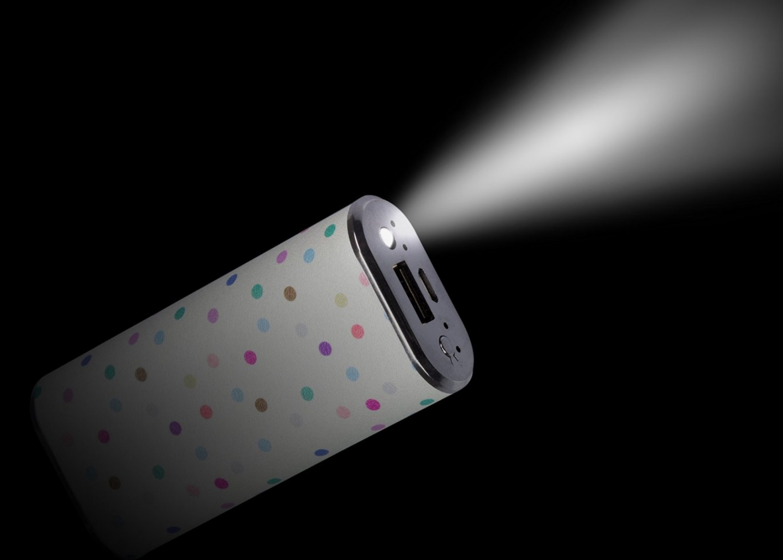 Acumulator universal extern Trendz Fashion Polka Dot 4000 mAh, cablu microUSB 1