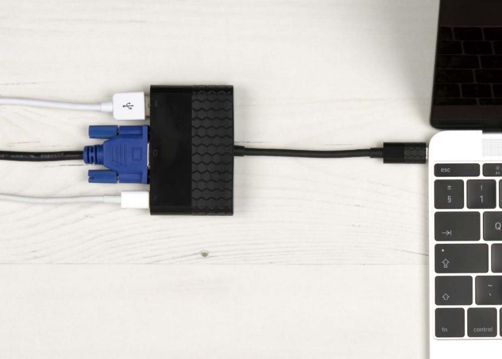 Adaptor multiport USB-C 3.1 - VGA + USB-C 2.0 + USB-A 3.0, Kit CVGAUSBADP Negru 3