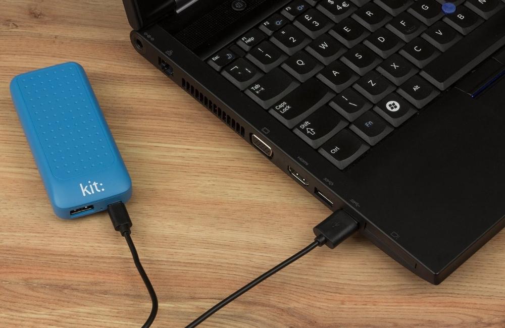 Incarcator portabil universal Kit Essential Blue 4000 mAh, PWRE4BL