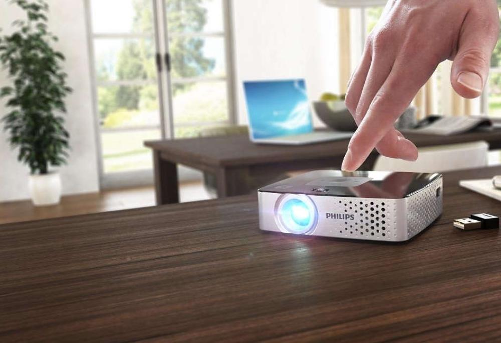 philips-picopix-proiector-portabil-ppx3417w-170-de-lumeni-wireless-2