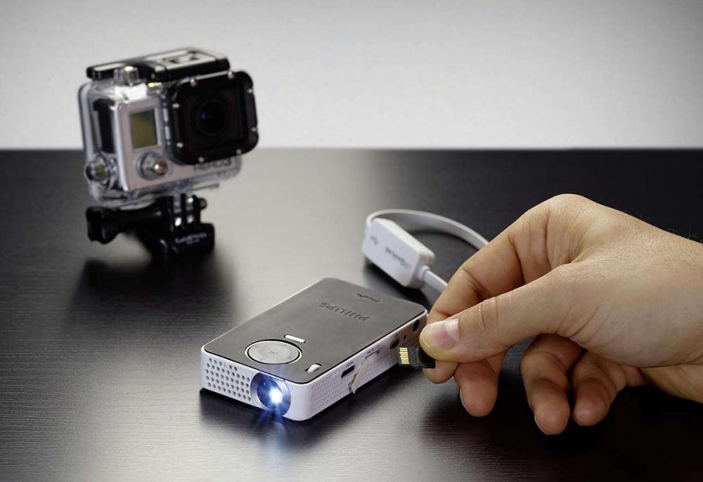 philips-picopix-proiector-portabil-ppx4350w-100-de-lumeni-wireless-9